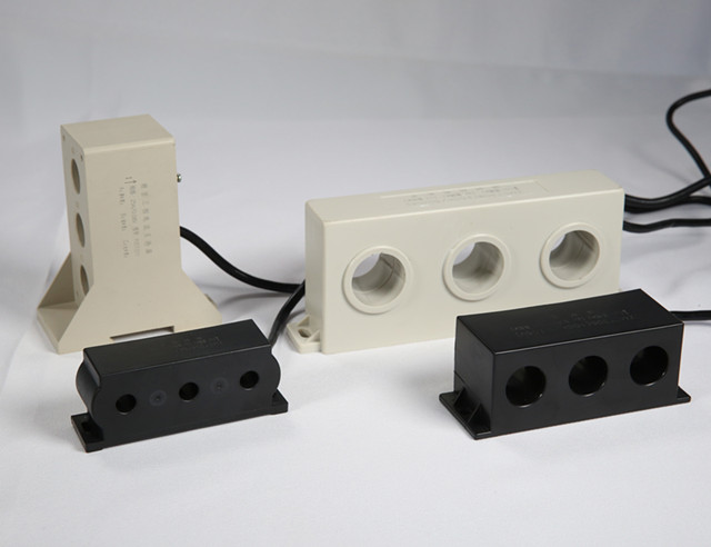three-phase current transformer for motor protection